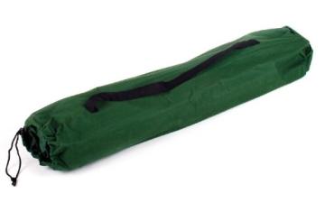 Die Tragetasche des Army Feldbettes in grün